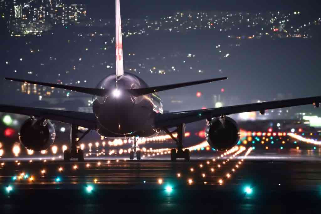 best apps find cheap flights night landing