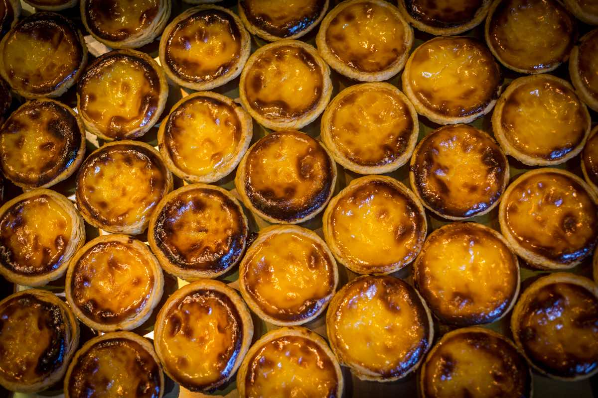 what to do in lisbon experiences egg tarts