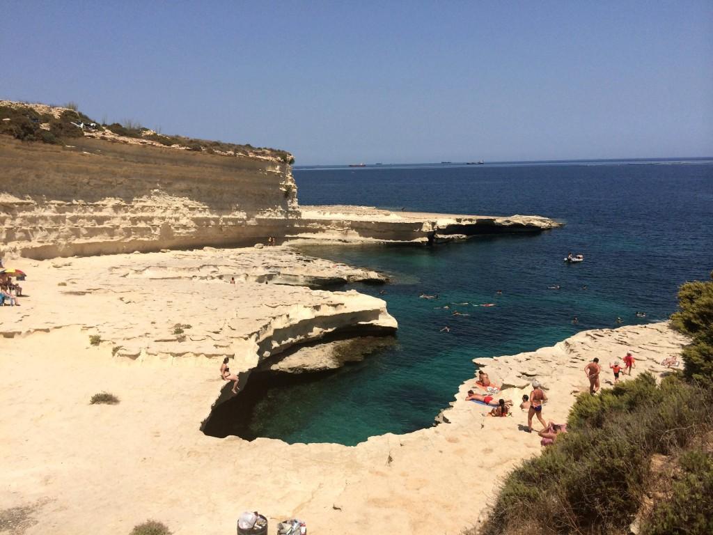 Malta by public transport - St. Peter's Pool