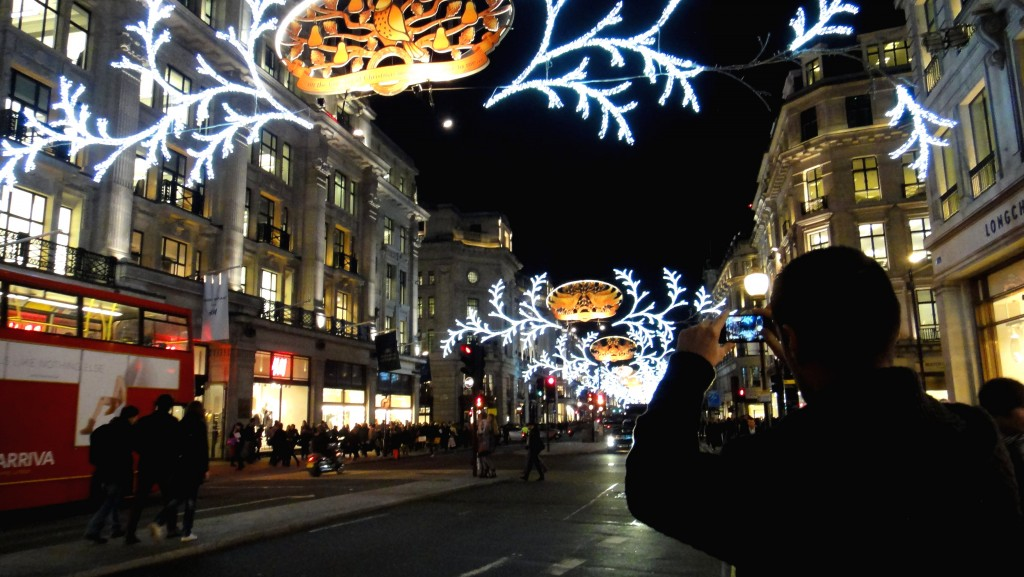 All I want for Christmas is London! | www.geekyexplorer.com