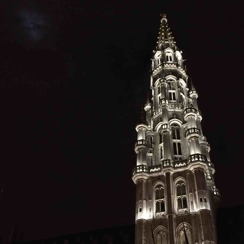 Grand Place at night | What to expect from Brussels, capital of Europe | Geeky Explorer