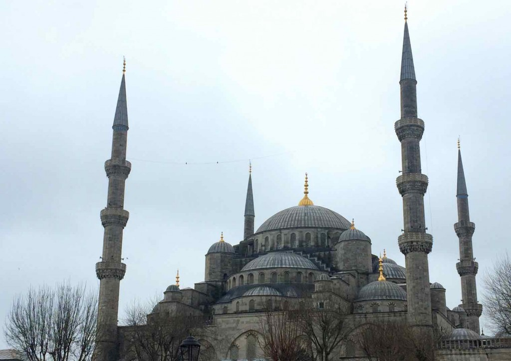visiting mosques in Istanbul - Blue Mosque