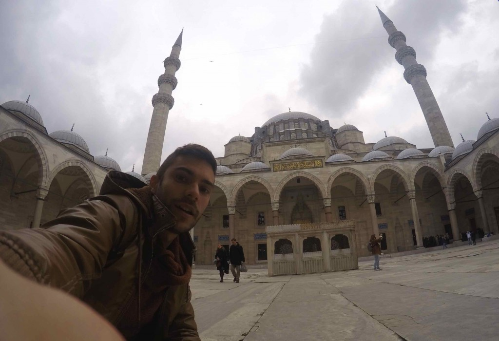visiting mosques in Istanbul - Sulenmaniye Mosque