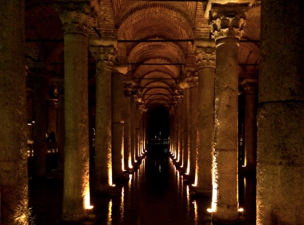 famous sights in Istanbul - Basilica Cistern Istanbul