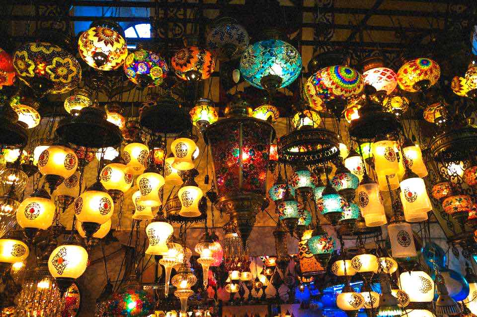 experiences to have in Istanbul - Grand Bazaar