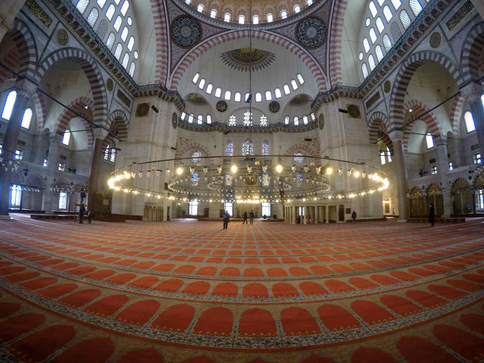 Inside Sulemaniye Mosque