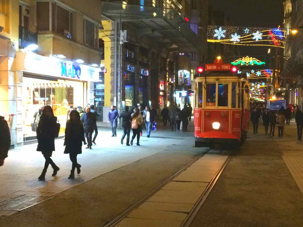 experiences to have in Istanbul - Istiklal Cd
