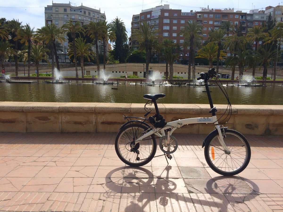 why is Valencia worth visiting - Jardines de Turia Bici