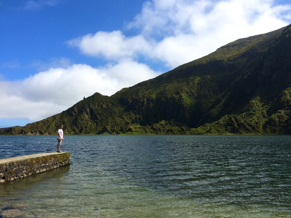 Hike down Lagoa Fogo | Azores the next big travel destination