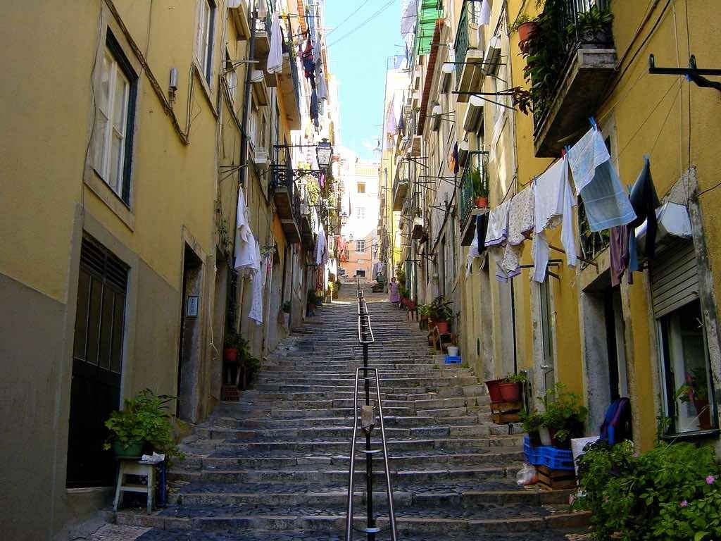 Visiting Portugal - Alfama
