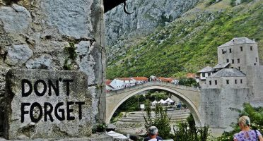 Day trip to Mostar Bosnia - Don't Forget Signs