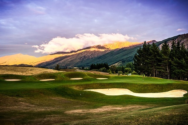 Queenstown for golf tourism