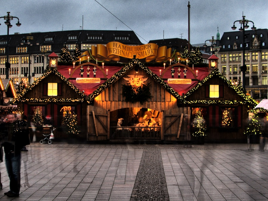 experiences hamburg christmas markets