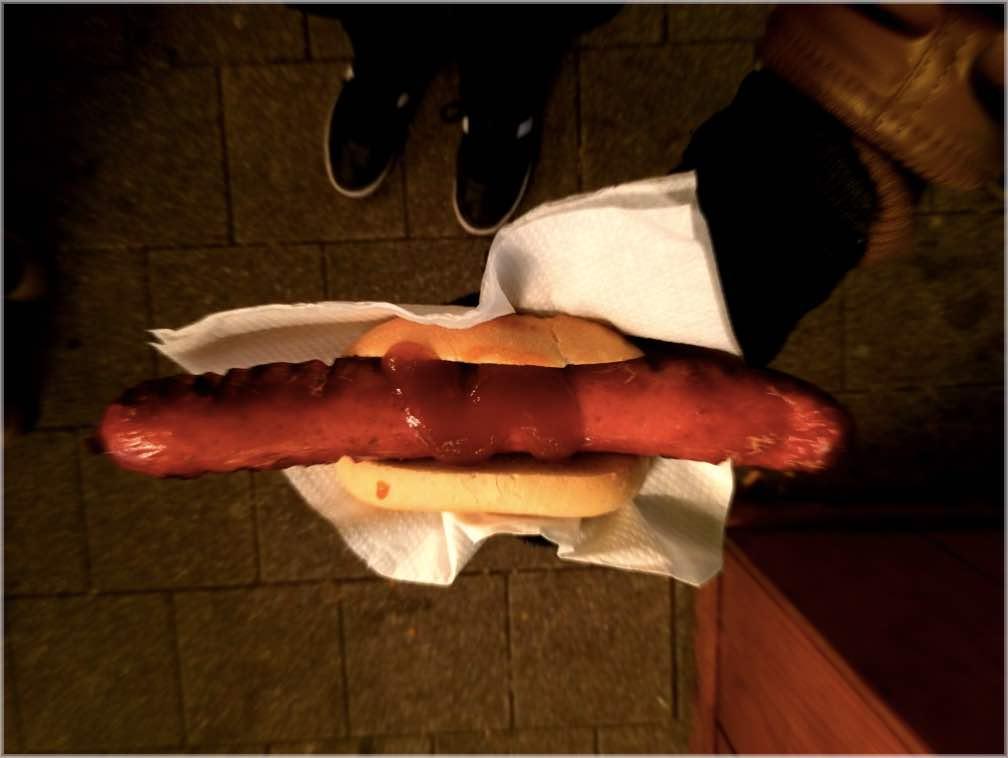 hamburg christmas markets bratwurst