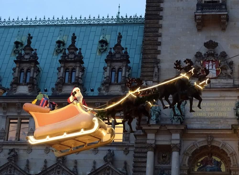 hamburg christmas markets rathaus santa fly