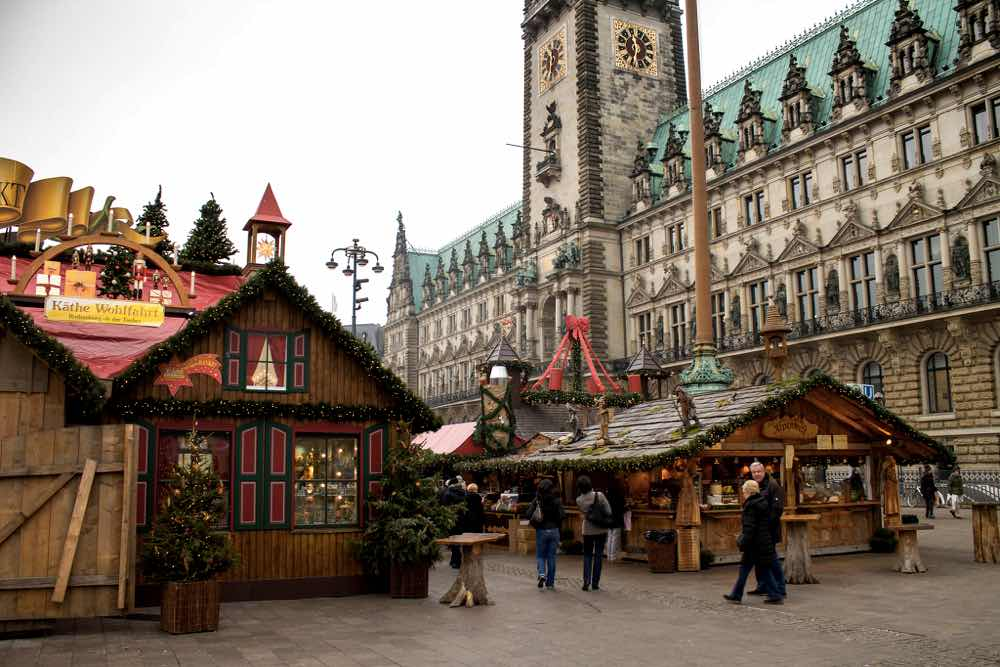 hamburg christmas markets rathausplatz