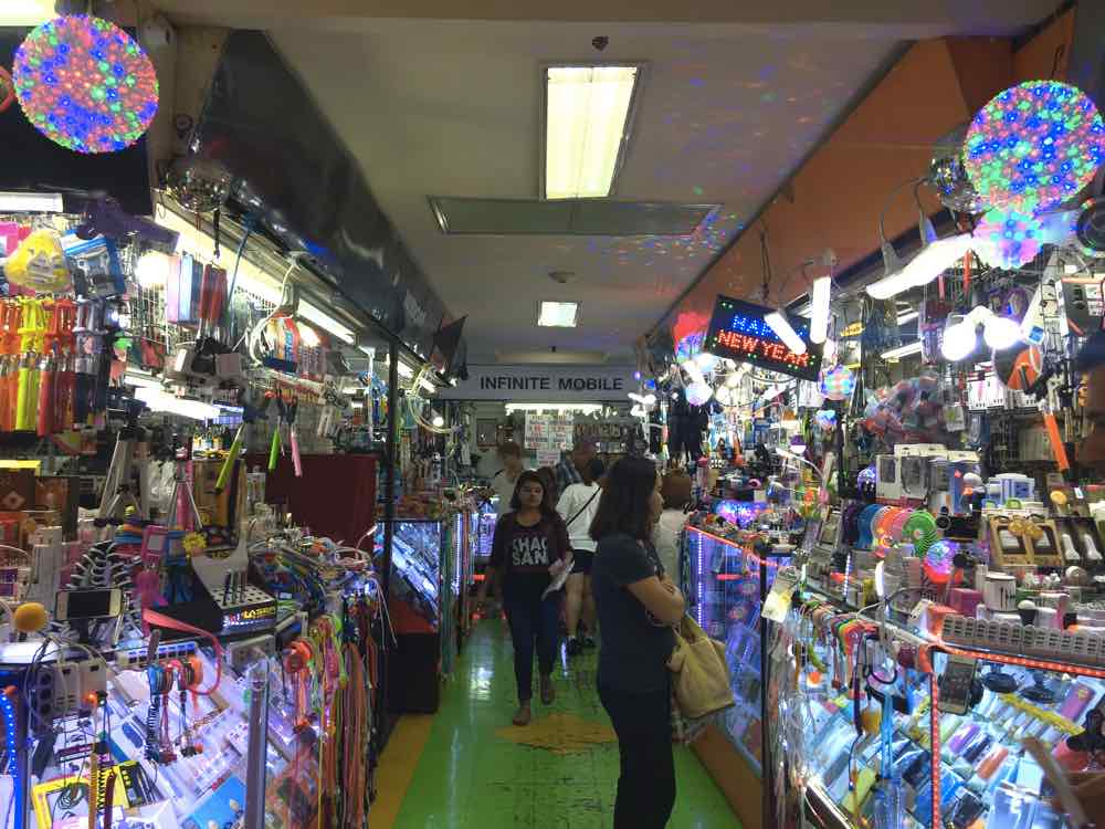 bangkok shopping guide mbk shopping mall