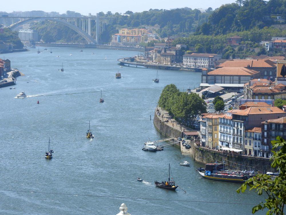 porto or lisbon rio douro river ribeira