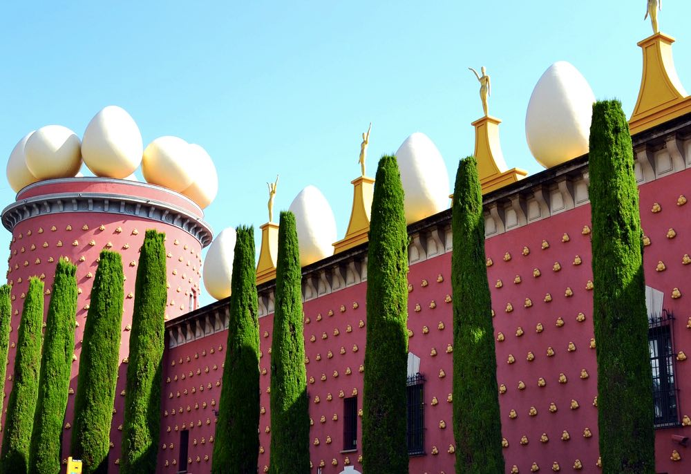 best day trips from barcelona getaway figueres salvador dali