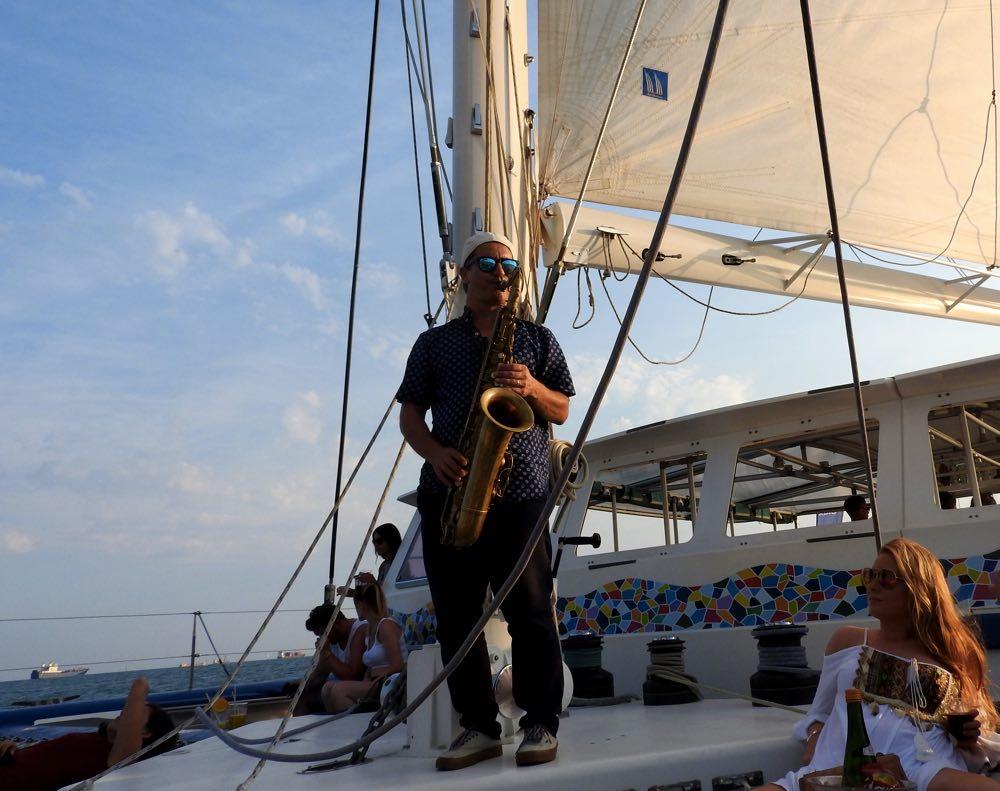 boat trip sunset barcelona live music