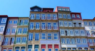 porto city guide houses ribeira douro