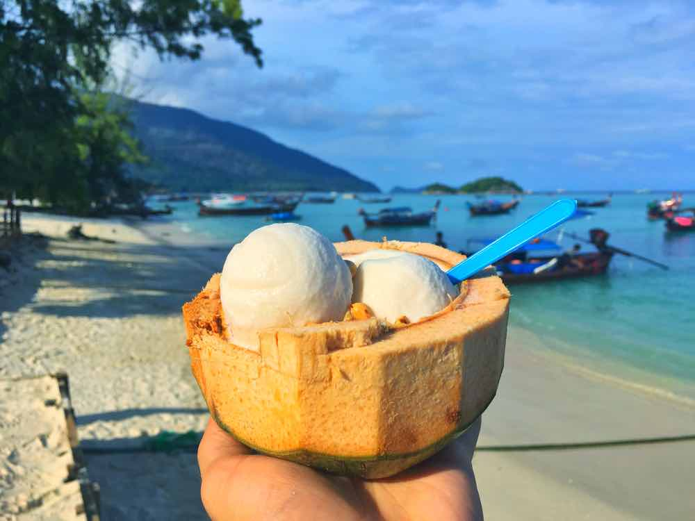 guide koh lipe blog coconut ice cream walking street
