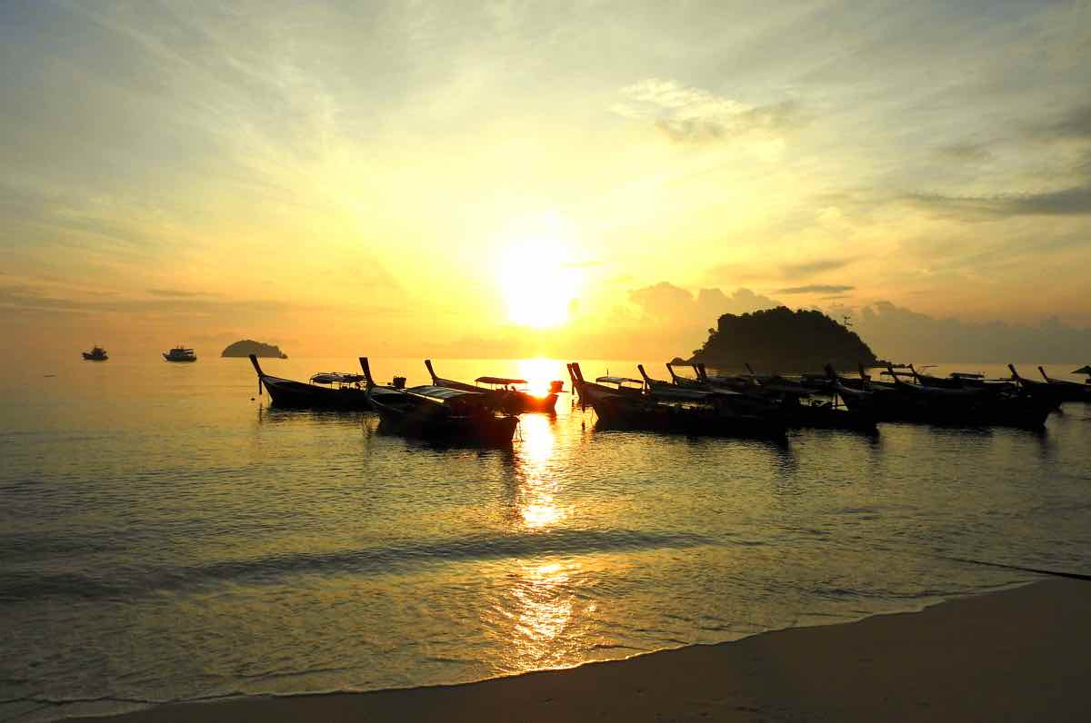 andaman sea islands thailand andaman coast koh lipe sunset beach