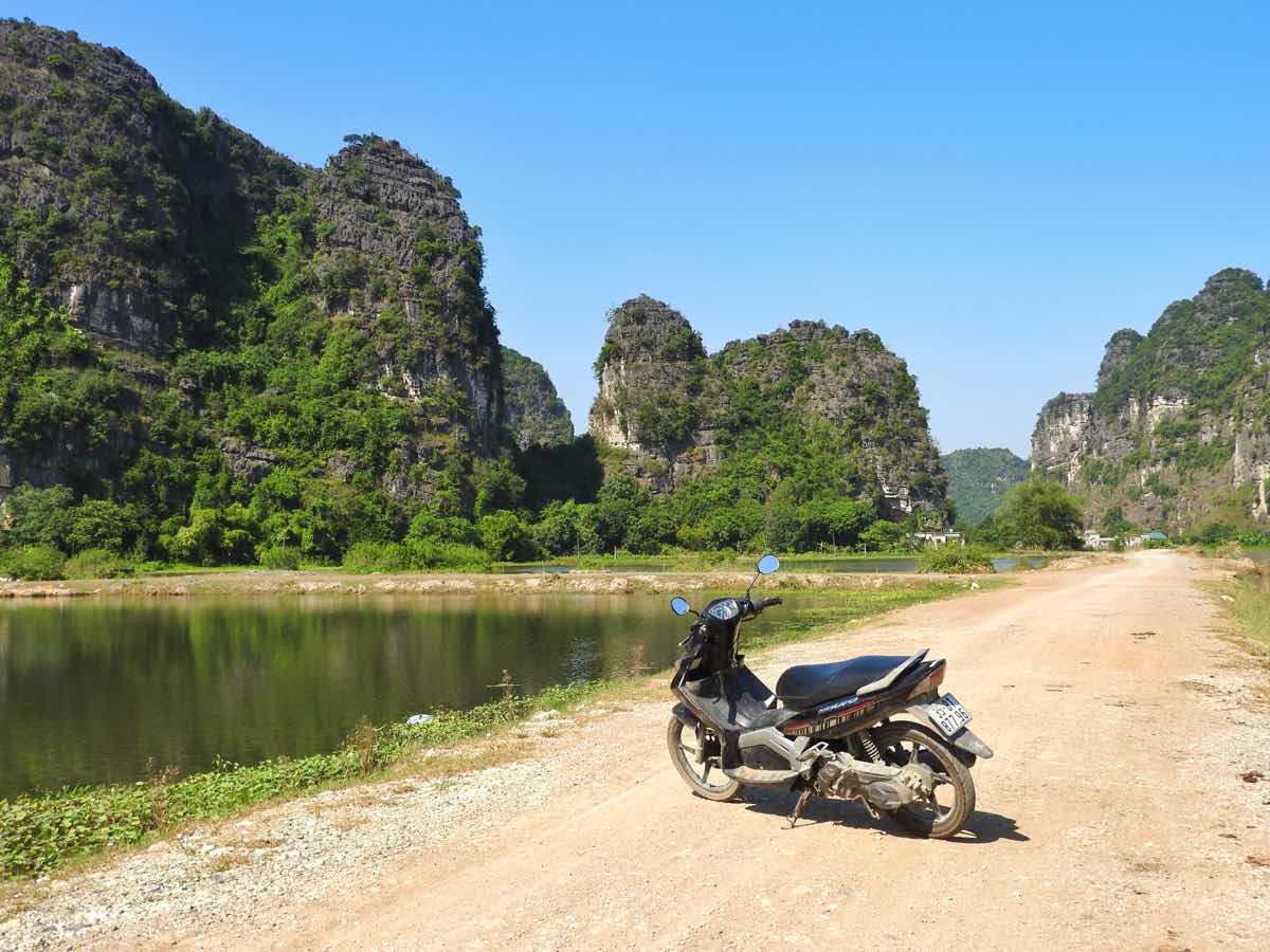 what to do in ninh binh itinerary driving bike