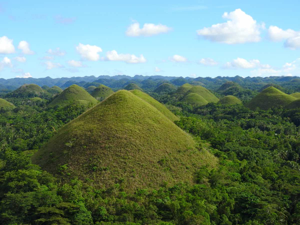 experiences bohol panglao philippines carmen chocolate hills
