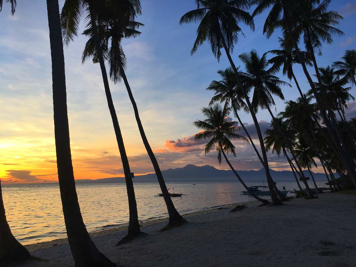philippines reasons to visit sunset siquijor