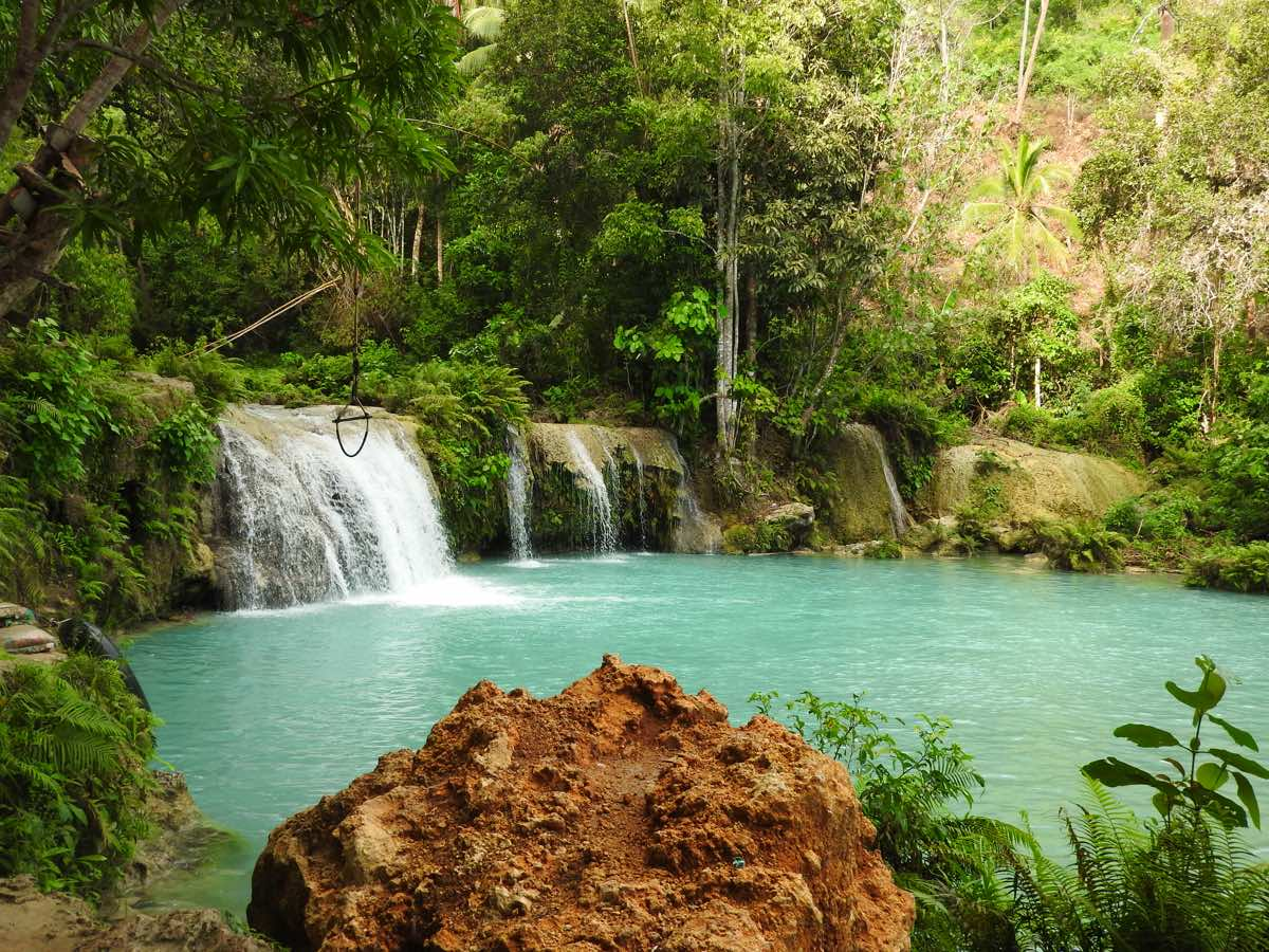 places to visit in Siquijor island sights cambuhagay falls
