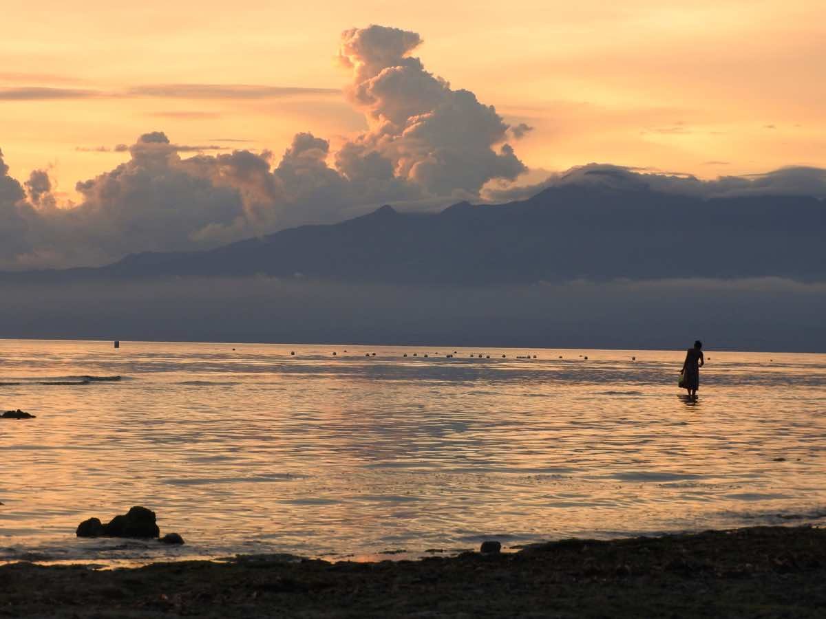 siquijor guide budget itinerary and tourist spots sunset philippines