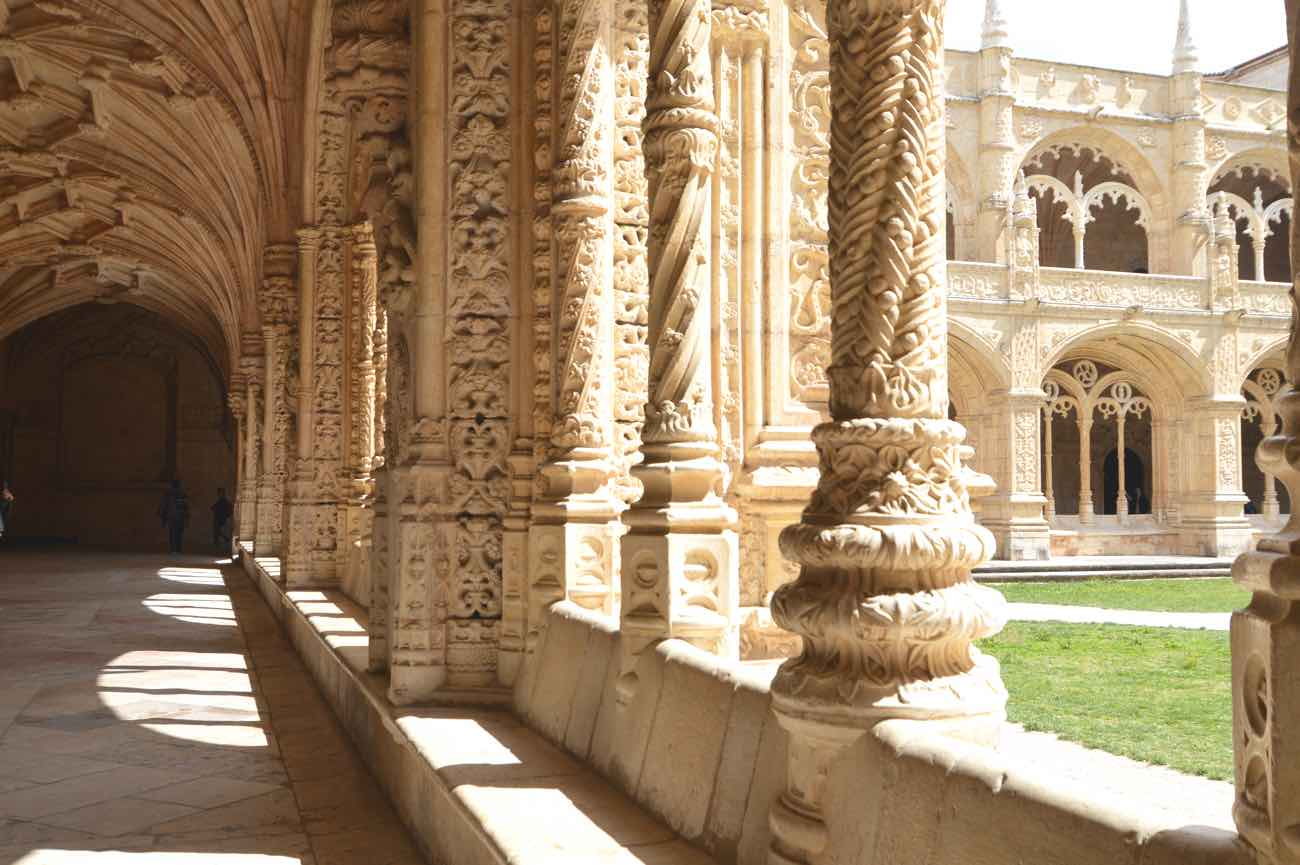 travel blog lisbon city guide belem jeronimos monastery