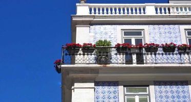 lisbon travel blog guide chiado architecture blue sky