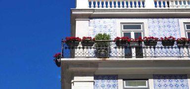 Lisbon Travel Blog: Complete City Guide for 2017