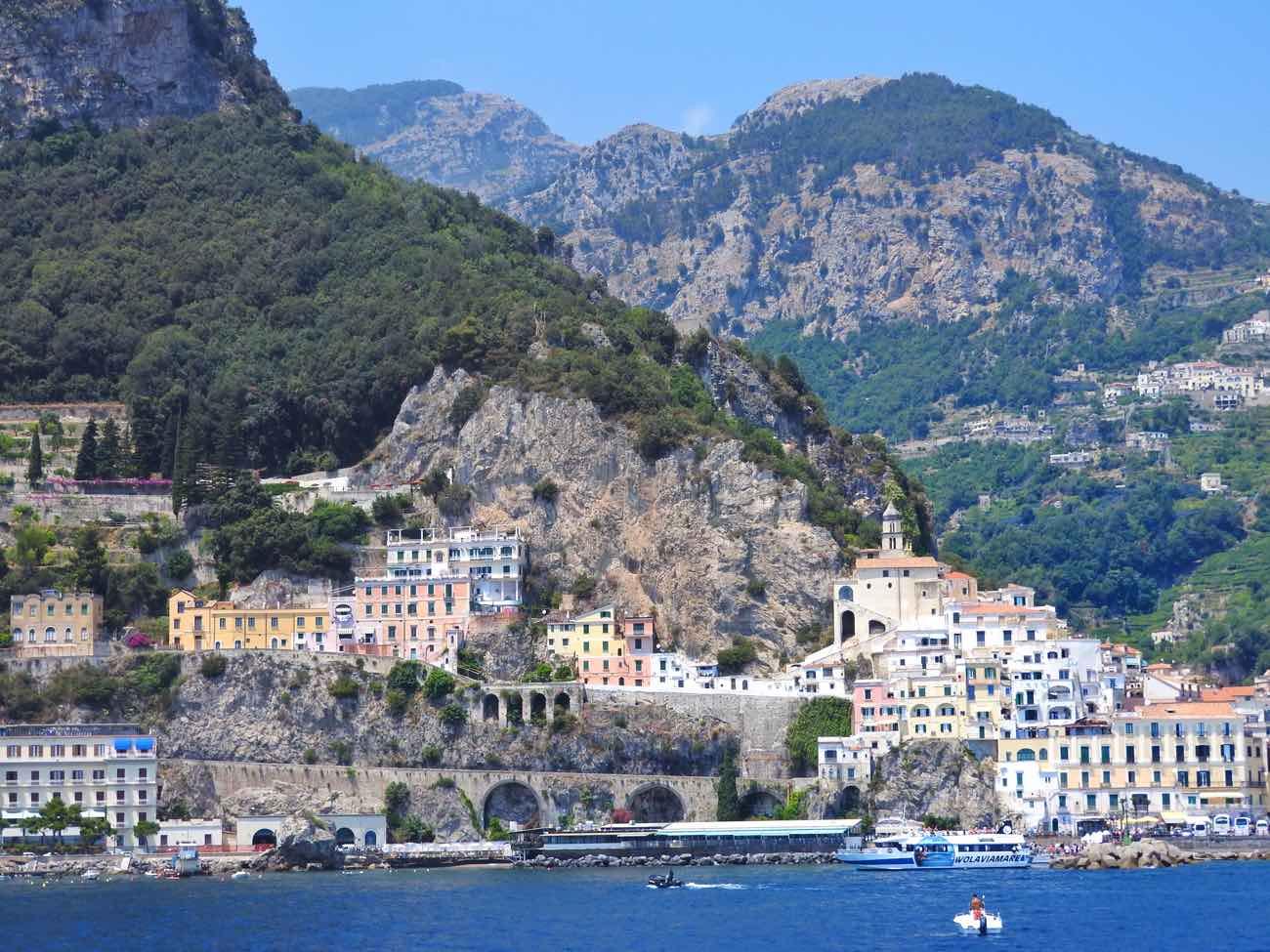 how-to-plan-naples-italy-amalfi-coast-pompeii-vesuvius-amalfi-town
