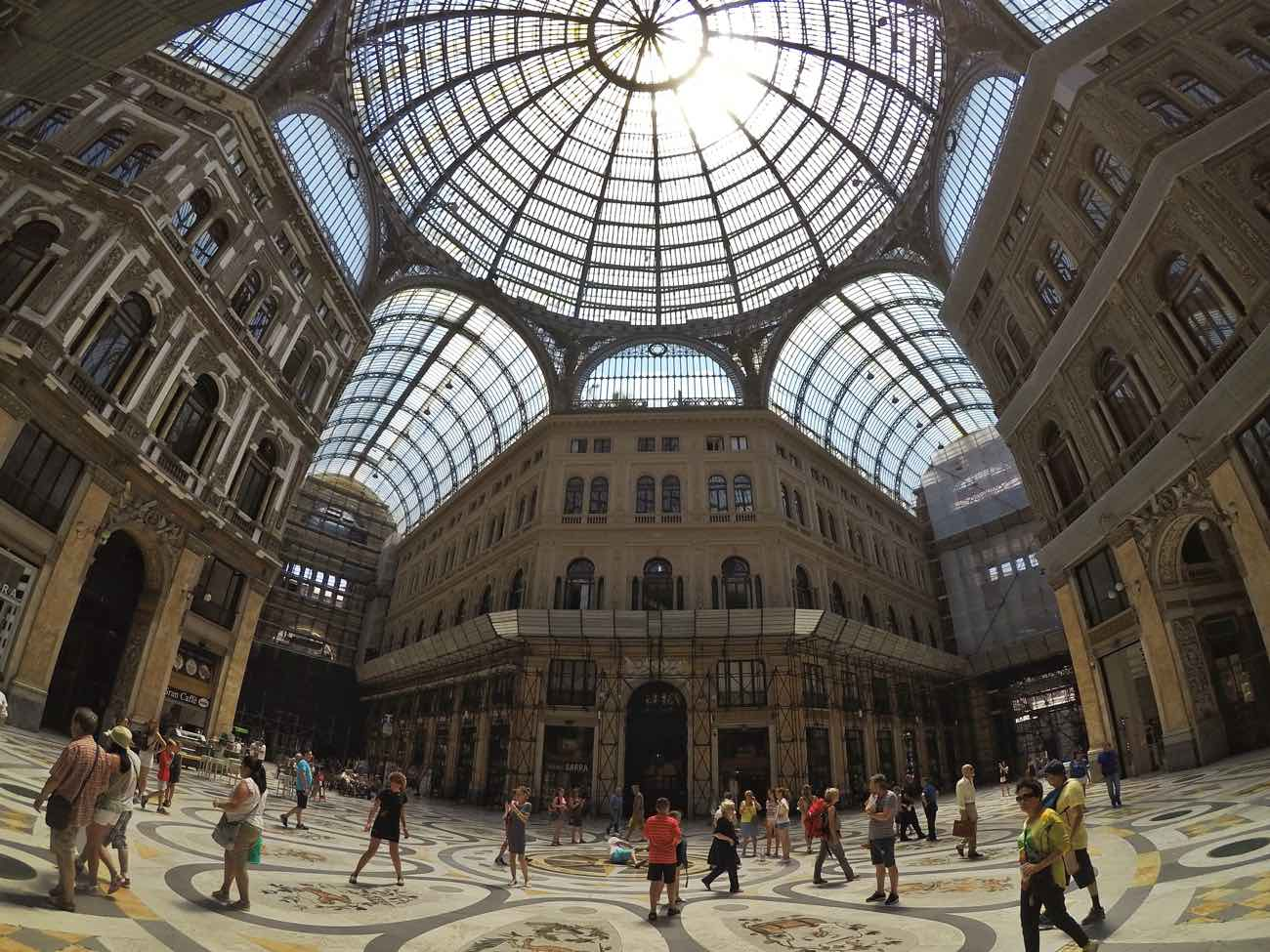 is naples safe for tourists in 2017 - galleria umberto I.