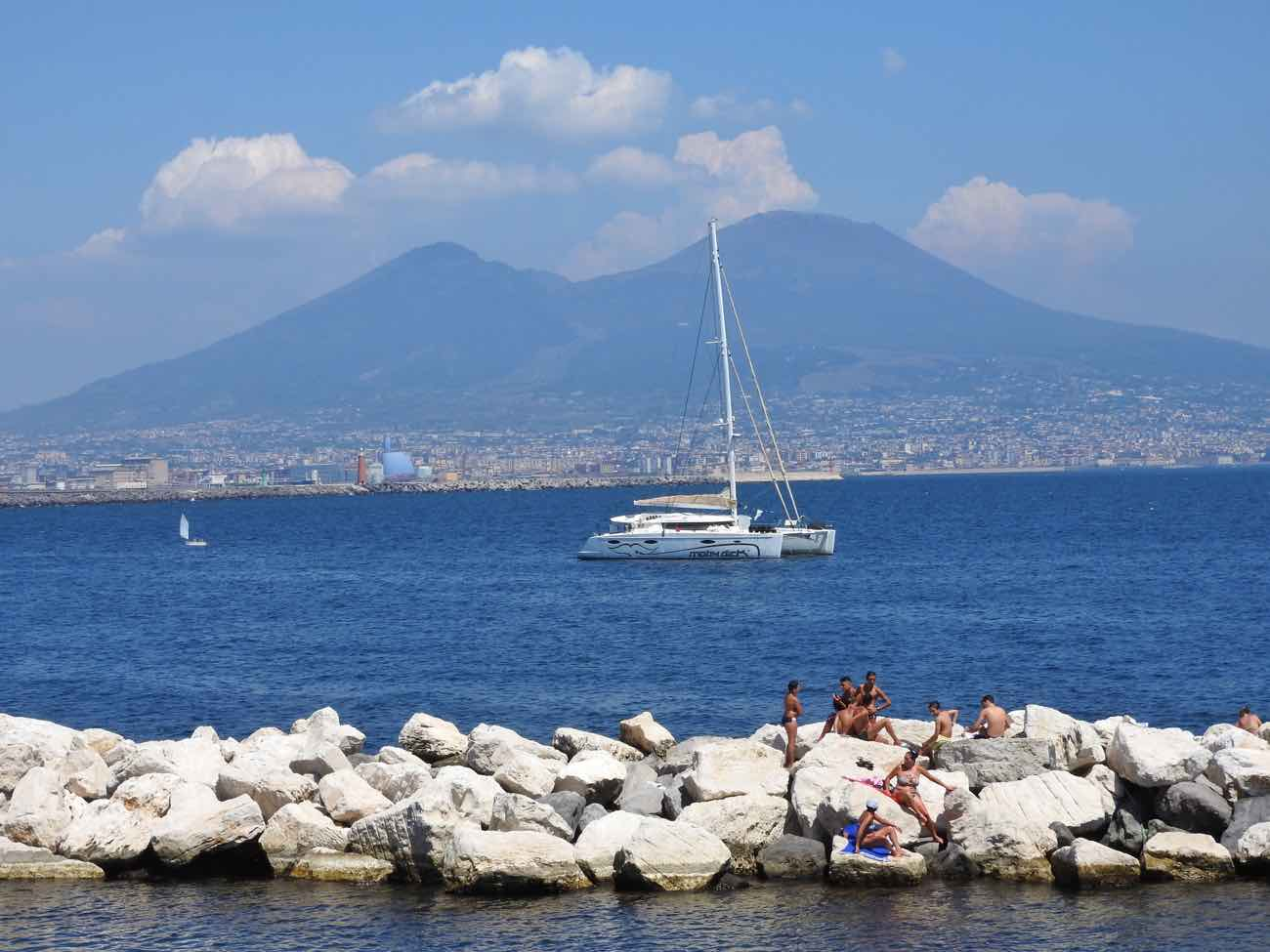 is naples safe for tourists in 2017 - seaside promenade
