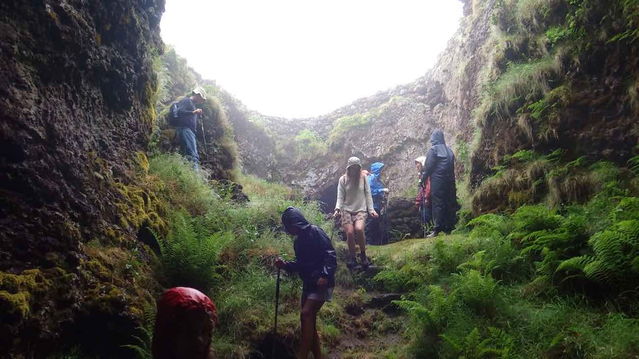 climb mount pico azores guide shelter