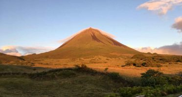 climb mount pico azores tips advice safety