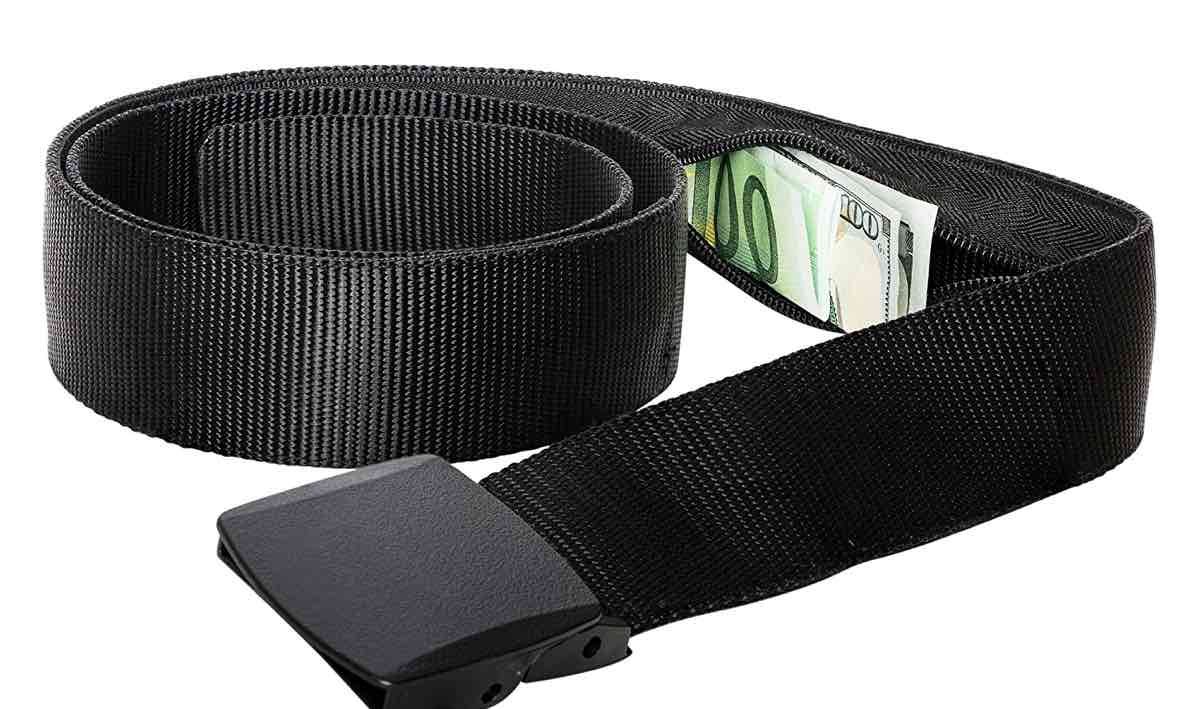 best travel accessories items money belt