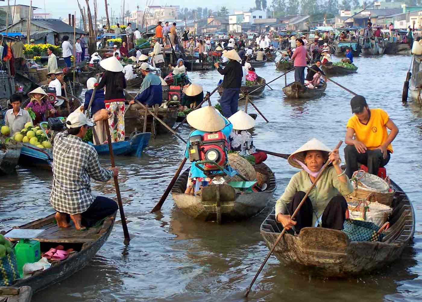 vietnam travel tips mekong delta market