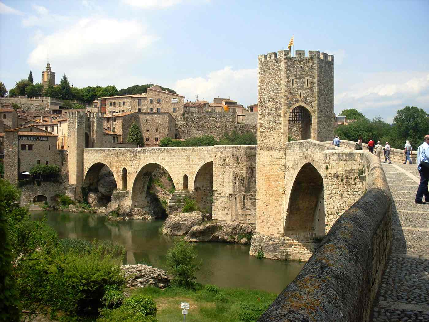 best day trips barcelona besalu