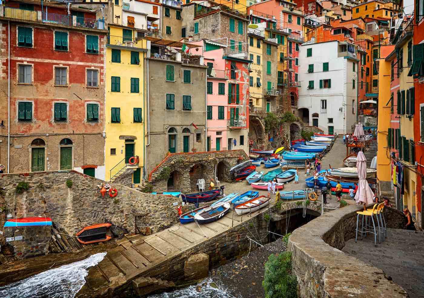 guide cinque terre blog riomaggiore italy