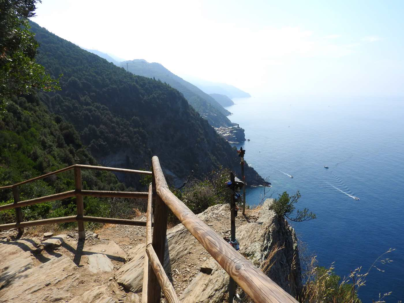 hiking cinque terre guide trails trekking