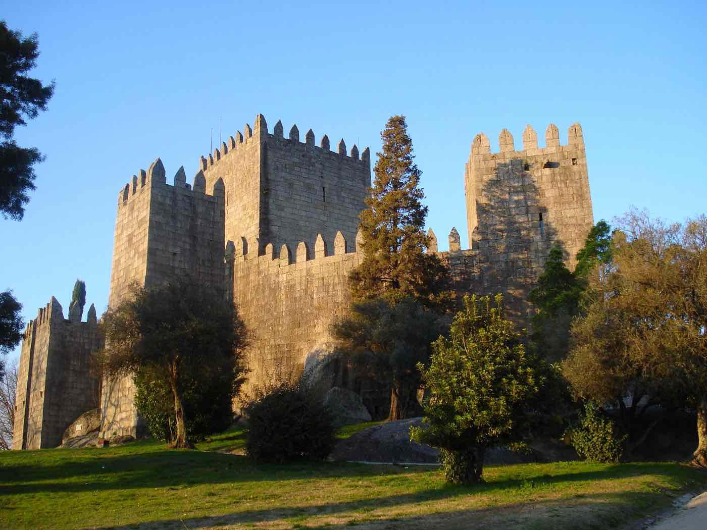 visit Portugal guimaraes