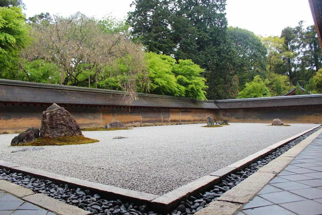 Kyoto things to do japan ryoanji rock garden