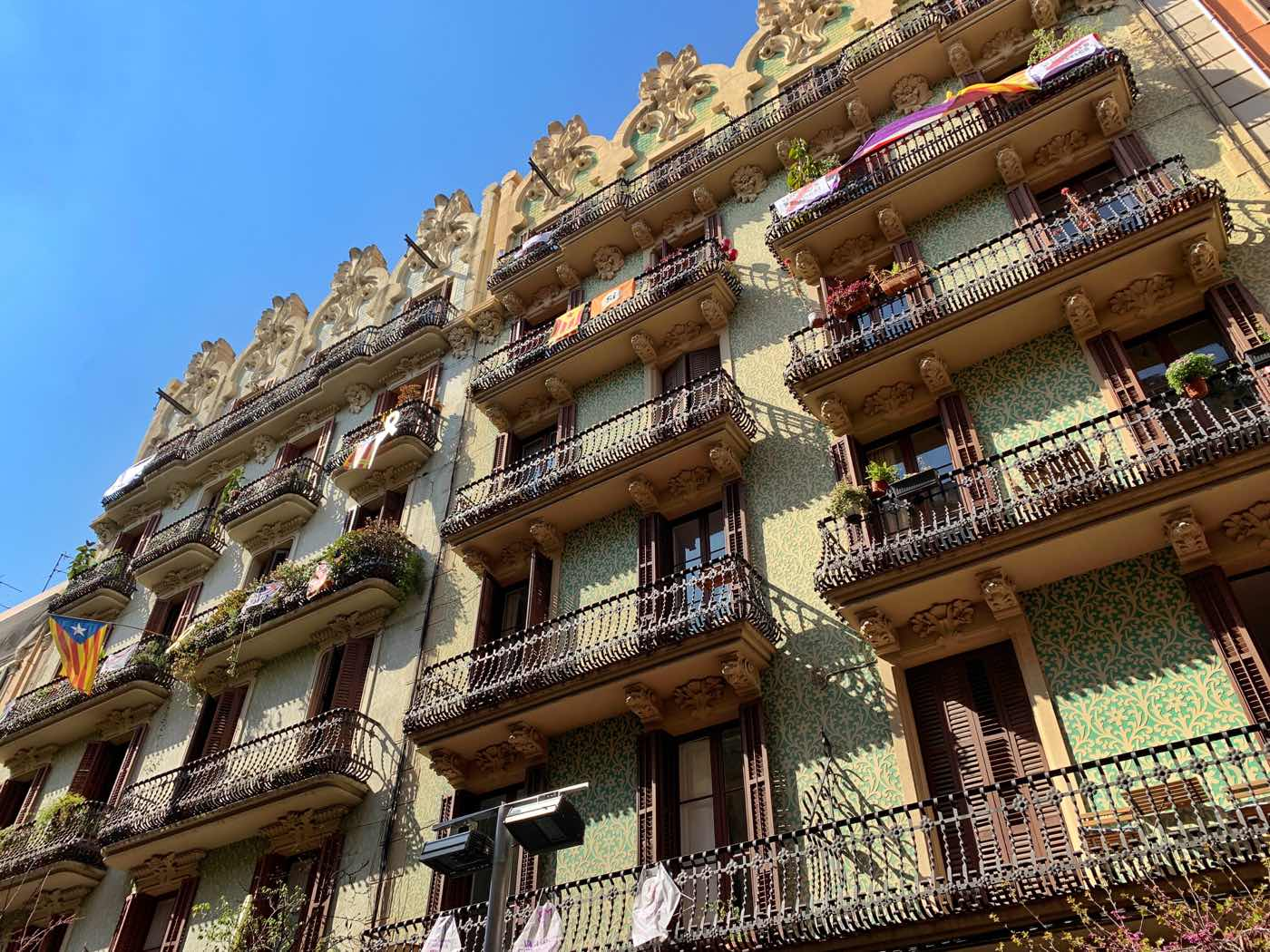 Why Grácia is THE Place to Stay in Barcelona [Away from ...