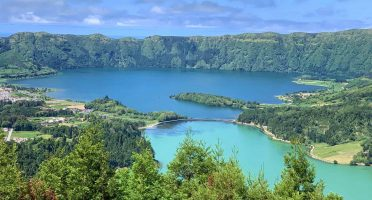 sao miguel itinerary road trip local tips