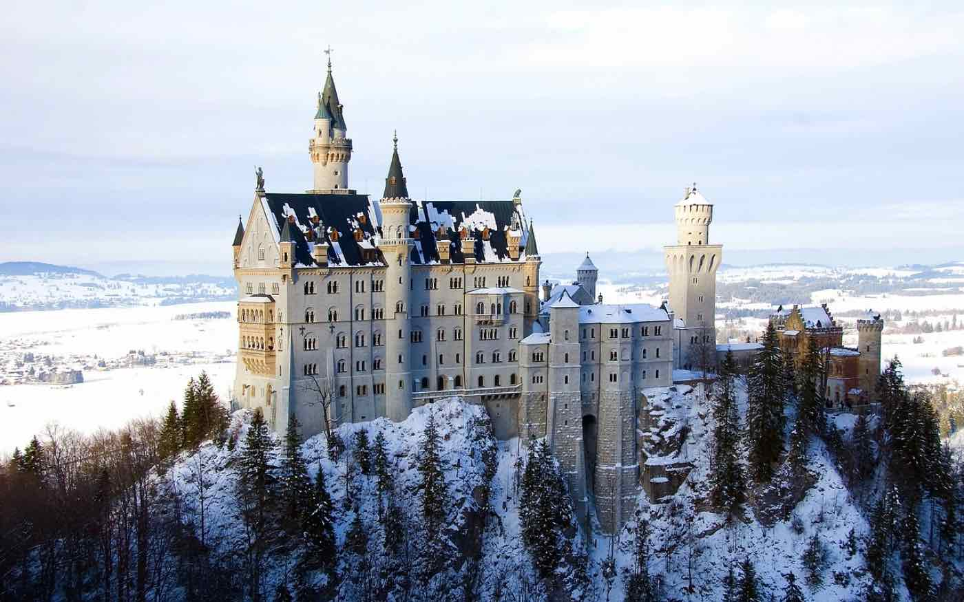 europe travel tips Neuschwanstein Castle germany